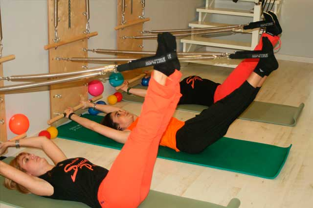 Clases de pilates Wall Unit - Essential Pilates Tomelloso