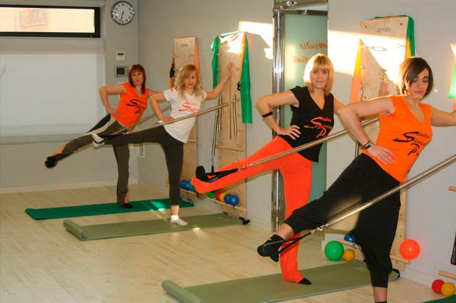 Clases de pilates Wall Unit - Essential Pilates Tomelloso